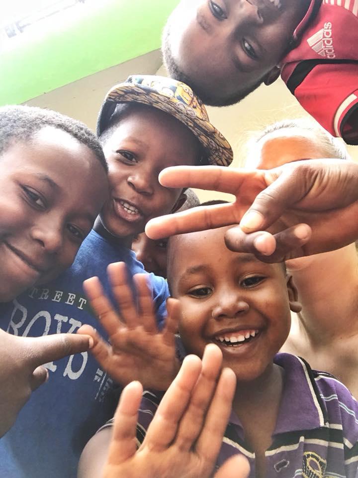 Zeit für ein Selfie: Vailet, Pastor, Derrick und Meteli