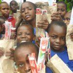 Spenden für die Kinder des Hope Home und Kinder der Gemeinde
